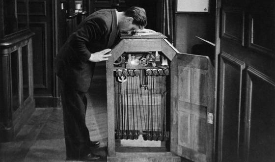 Il kinetoscopio, antenato del cinema moderno